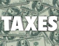 Os impostos exprimem cem fundos do dinheiro das notas de dólar Fotografia de Stock
