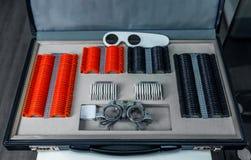 Os instrumentos para o olho de medição, antes fazem vidros foto de stock royalty free