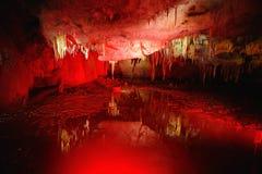 Os interiores de Kumistavi cavam, sabido como a caverna do PROMETHEUS, uma de maravilhas naturais do ` s de Geórgia Foto de Stock