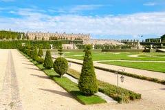 Os jardins do palácio real de Versalhes perto de Paris em França Imagens de Stock