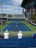 Os jogadores de tênis Nicolas Mahut e cortejam logo Kwon, 2017 US Open, NYC, NY, EUA imagem de stock royalty free