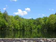 Os lagos gêmeos em Bushkill caem em Poconos, Pensilvânia fotos de stock