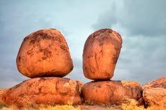 Os mármores dos diabos corrmoeram a formação de rocha do granito Fotos de Stock