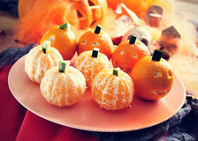 Os mandarino ornamented como abóboras de Dia das Bruxas Foto de Stock Royalty Free