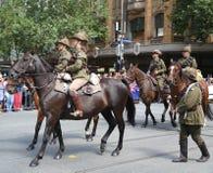 Os membros da tropa do cavalo claro participam na parada 2019 do dia de Austrália em Melbourne imagens de stock royalty free