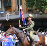 Os membros da tropa do cavalo claro participam na parada 2019 do dia de Austrália em Melbourne imagem de stock royalty free