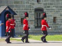 Os membros do 2ò regimento real canadense Fotos de Stock