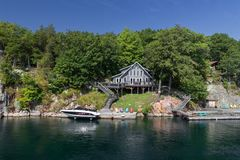 Os mil cruzeiros Canadá da ilha foto de stock royalty free