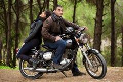 Os motociclistas acoplam o descanso Foto de Stock Royalty Free