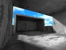 Os muros de cimento esvaziam o interior da sala Arquitetura abstrata com s Fotos de Stock Royalty Free