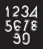 Os números escritos à mão brancos, garatuja do vetor escovaram figuras, mão-p Fotografia de Stock