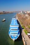 Os navios de passageiro na porta Foto de Stock Royalty Free