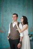Os noivos no estúdio Imagens de Stock Royalty Free