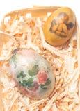 Os ovos da páscoa fizeram métodos do decoupage Imagem de Stock