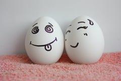Os ovos são alegres com uma alma viva do conceito da cara Fotografia de Stock Royalty Free