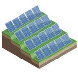 Os painéis solares isolados no fundo branco 3d liso vector a ilustração isométrica Imagens de Stock