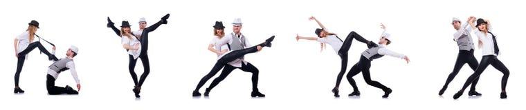 Os pares de dançarinos que dançam danças modernas Fotografia de Stock Royalty Free