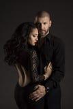 Os pares equipam e mulher no amor, retrato da beleza da forma dos modelos Fotografia de Stock Royalty Free