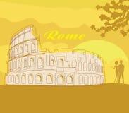 Os pares mostram em silhueta na frente de Colosseum em Roma Imagem de Stock Royalty Free