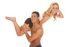 Os pares não equipam nenhuma posse da dança da camisa no ombro foto de stock royalty free