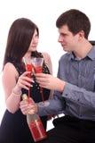 Os pares novos felizes comemoram o dia dos Valentim Imagem de Stock Royalty Free