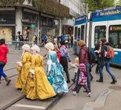 Os participantes da mola do ` s das crianças desfilam em Zurique, Suíça Fotografia de Stock