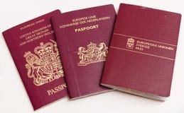 Os passaportes dos viajantes. Imagem de Stock