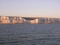 Os penhascos brancos de Dôvar. imagem de stock