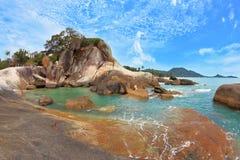 Os penhascos espectaculares. Consoles de Similan. fotografia de stock royalty free