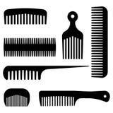 Os pentes e os ícones lisos pretos do equipamento da forma do cabelo ajustaram o vetor isolado ilustração royalty free