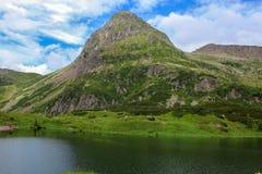 Os picos das dolomites São um grupo de cordilheiras dos cumes italianos Local do patrimônio mundial do UNESCO Italy Imagens de Stock