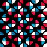 Os polígono vermelhos brancos azuis em um grunge preto do fundo efetuam o fundo geométrico sem emenda Fotografia de Stock