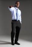Os polegares do homem de negócios do americano africano levantam o sucesso Imagens de Stock Royalty Free