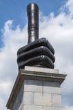 Os polegares levantam a escultura em Trafalgar Square Foto de Stock Royalty Free