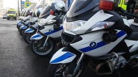Os polis da estrada do russo comandam a equipe na rua Imagem de Stock Royalty Free