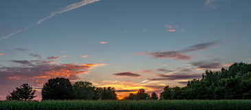 Os pores do sol do país são obras de arte Imagem de Stock Royalty Free