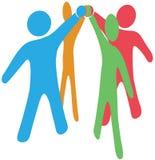 Os povos colaboram team juntam-se acima às mãos junto Fotos de Stock Royalty Free