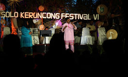 Os povos de Malásia igualmente participaram no keroncong do festival Foto de Stock