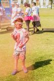 Os povos diversos que correm na cor correm a maratona em Joanesburgo fotos de stock royalty free