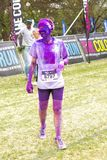 Os povos diversos que correm na cor correm a maratona em Joanesburgo imagens de stock