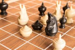 Os povos gostam da xadrez Imagem de Stock Royalty Free
