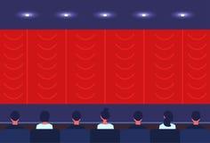 Os povos sentam a opinião traseira traseira do salão do teatro do cinema que olha a cópia de espera do começo do filme da apresen ilustração stock