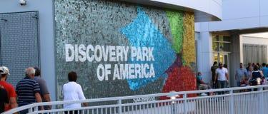 Os povos visitam o parque da descoberta de América fotos de stock royalty free