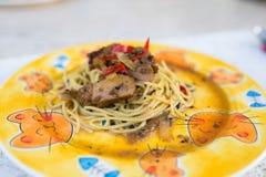 Os pratos dos espaguetes Fotos de Stock