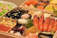 Os pratos tradicionais japoneses de ano novo foto de stock