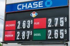 Os preços de gás assinam dentro Oregon em Fred Meyer Foto de Stock Royalty Free