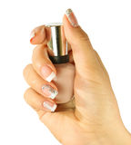 Os pregos da mulher bonita com o tratamento de mãos francês bonito isolado Foto de Stock