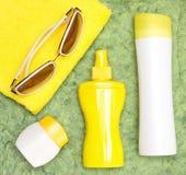 Os produtos da proteção solar para o cofre forte bronzeam-se imagem de stock