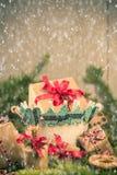 Os ramos handsewn das decorações das peúgas dos presentes do Natal enfeitam-se Imagens de Stock Royalty Free