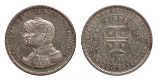 Os reis do thousend 1000 da moeda de prata de Portugal minted Carlos 1898 e Amelia isolados no fundo branco fotografia de stock